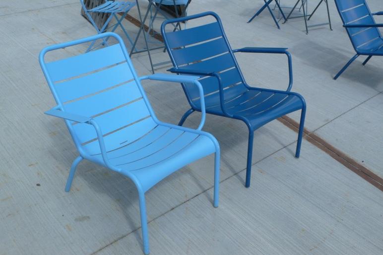 Deux chaises, confortables et esthétiques